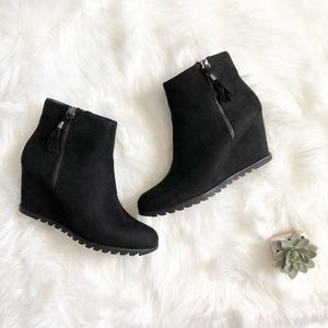 NIB JustFab Jupiter Wedge Booties